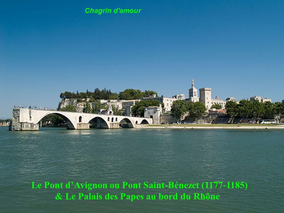 Pont du Gard (Aqueduc), 1er siècle, près de Nîmes ne dure qu un moment,
