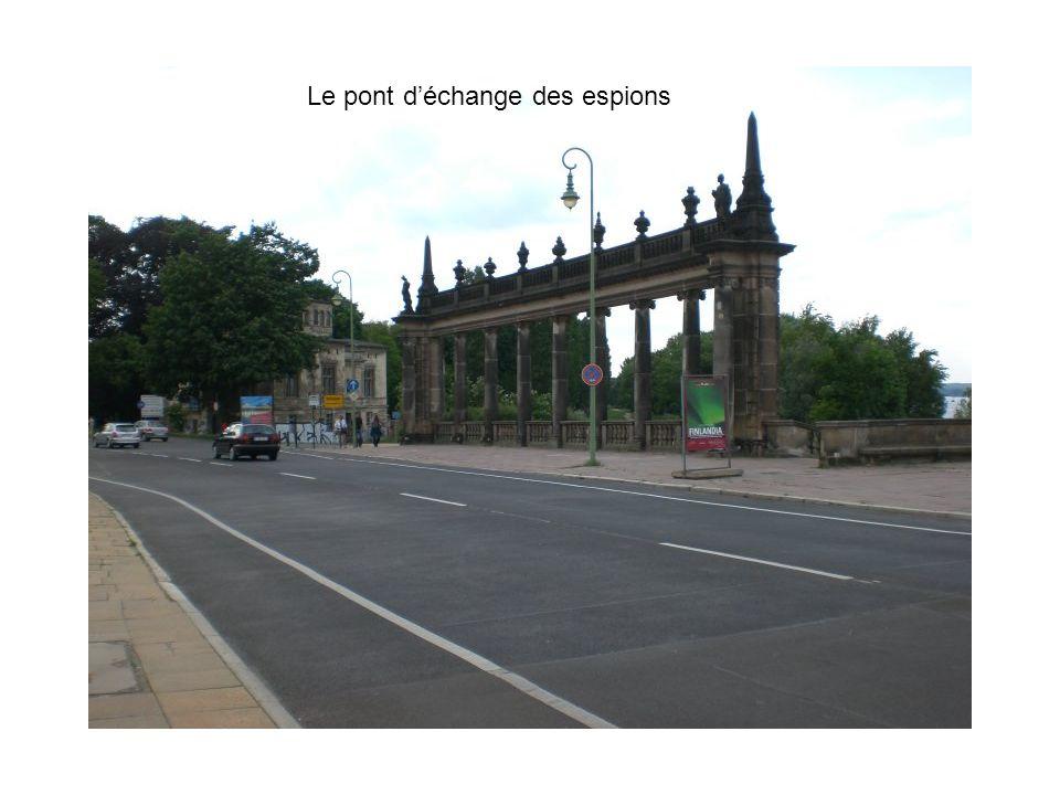 Le pont déchange des espions