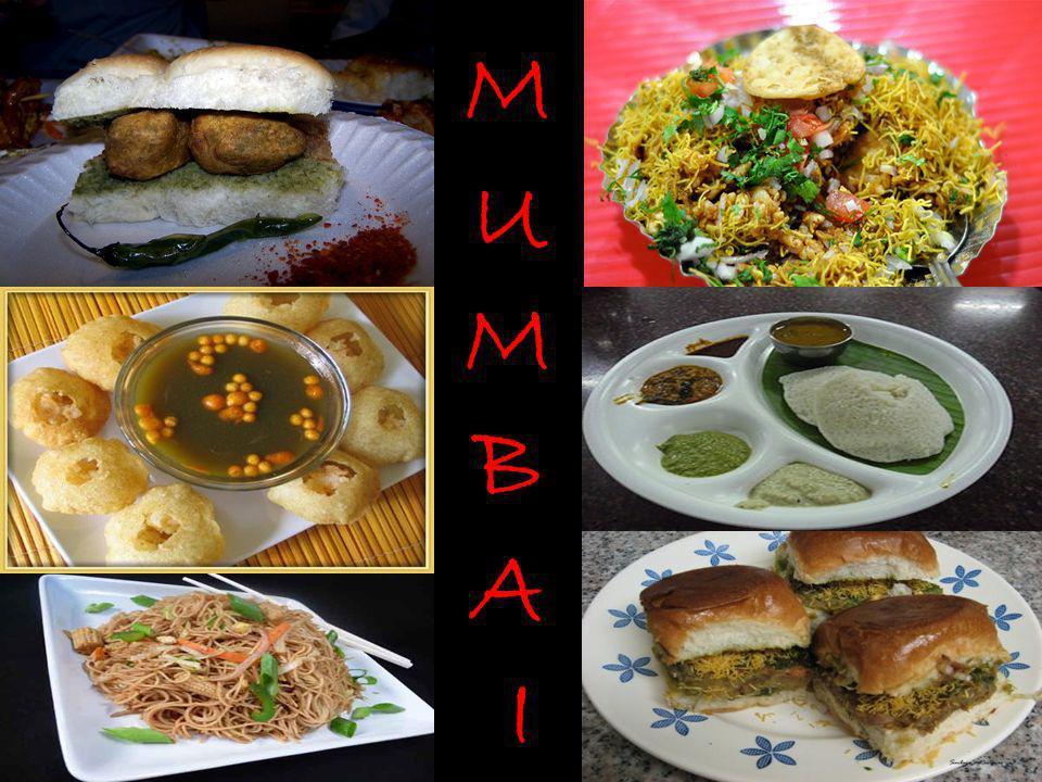 Kerala – Gods Own Country Kerala cuisine a une multitude de deux plats végétariens et non-végétariens préparés avec du poisson, de la volaille et de la viande.