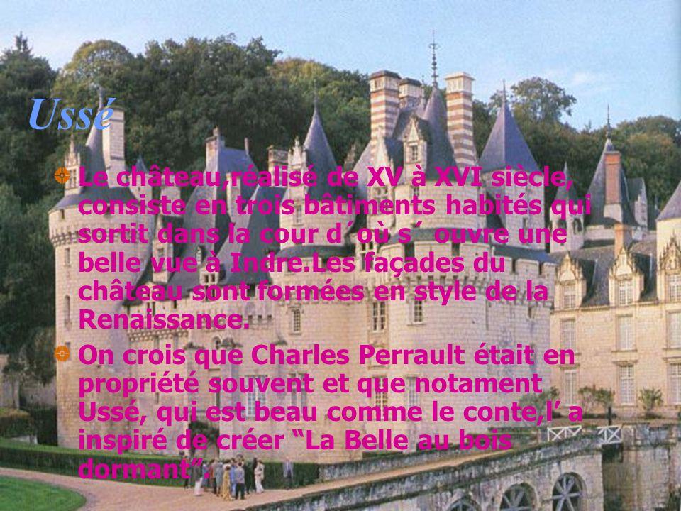 Ussé Le château,réalisé de XV à XVI siècle, consiste en trois bâtiments habités qui sortit dans la cour d´où s´ ouvre une belle vue à Indre.Les façade