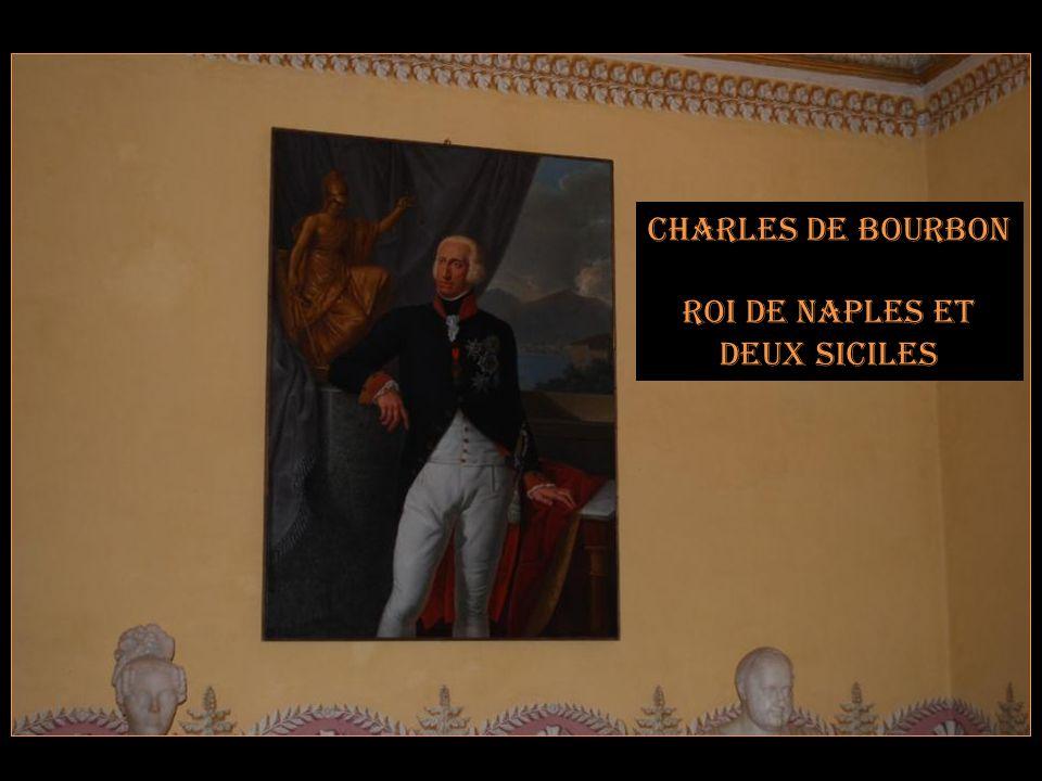 Armoiries de Charles de Bourbon Roi de Sicile (Charles V) Et de Naples (Charles VII) Avant de devenir Charles III dEspagne