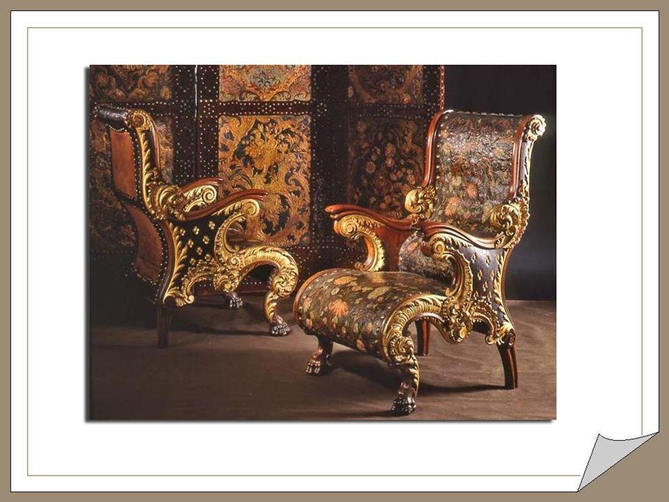 La luxueuse décoration intérieure constitue une synthèse du goût de l'époque : colonnes de marbre, plafonds à caissons de bois noble et fer forgé, vit
