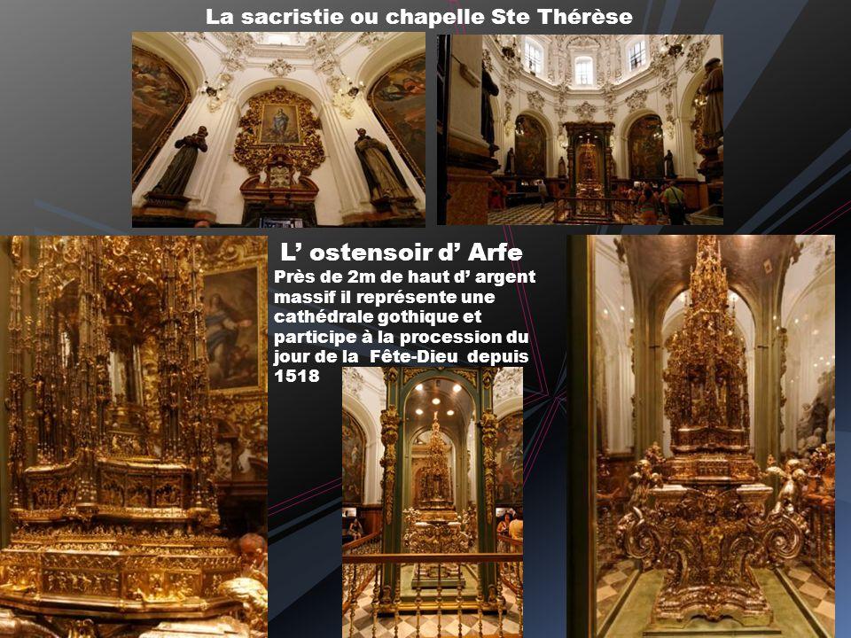 Choeur et maître autel Orgue du choeur Vitraux et peintures