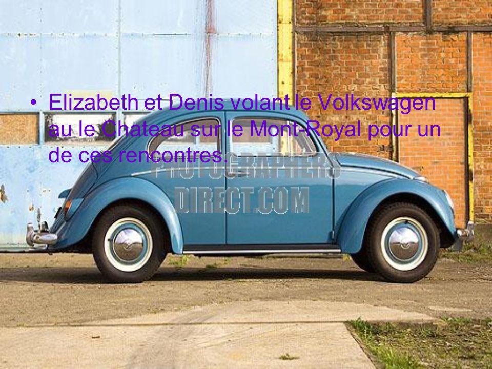Elizabeth et Denis volant le Volkswagen au le Chateau sur le Mont-Royal pour un de ces rencontres.