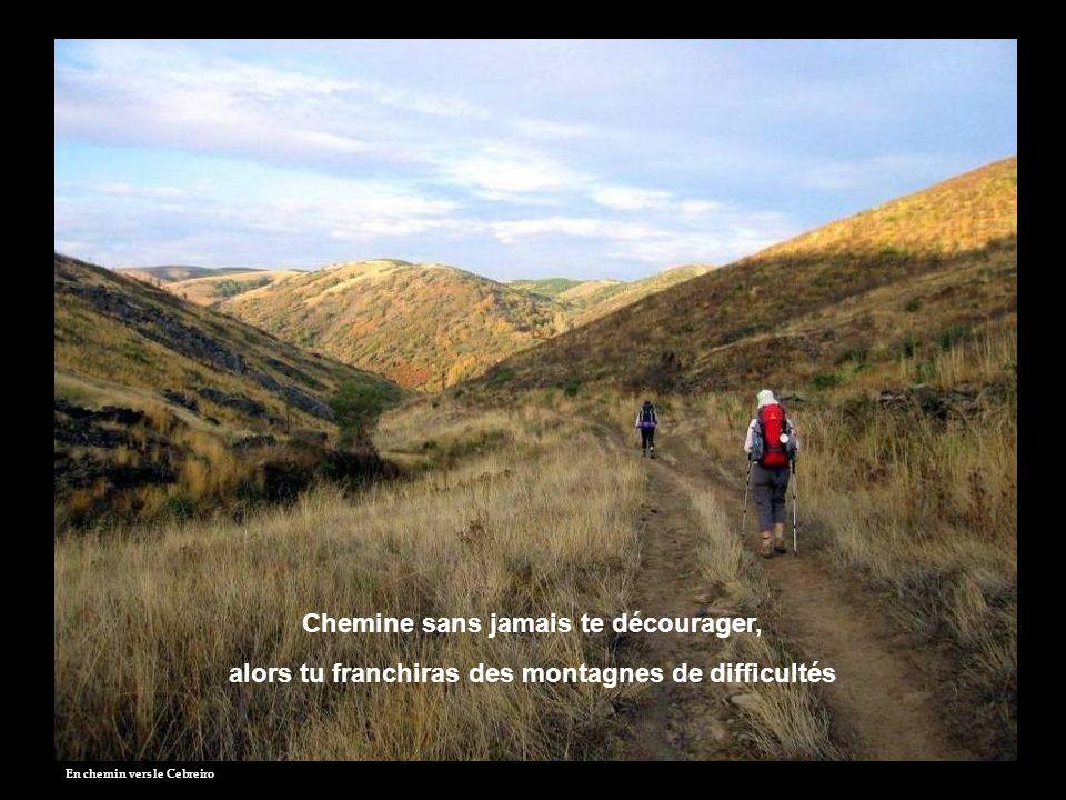 Vers Portomarin Chemine en ouvrant ton esprit, alors tu seras en communion avec la beauté de la nature