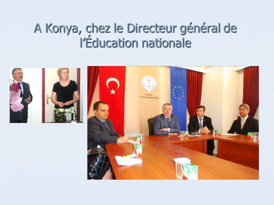 A Konya, chez le Directeur général de lÉducation nationale