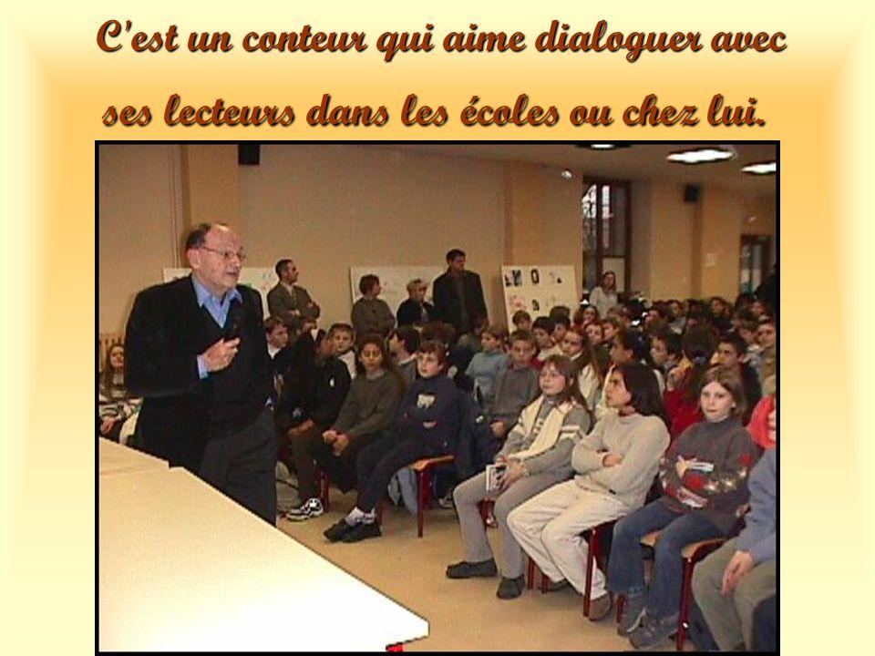 en Allemagne au Maghreb Il partage son temps entre écriture et voyages et sur les lieux de son enfance en Bourgogne en Bretagne