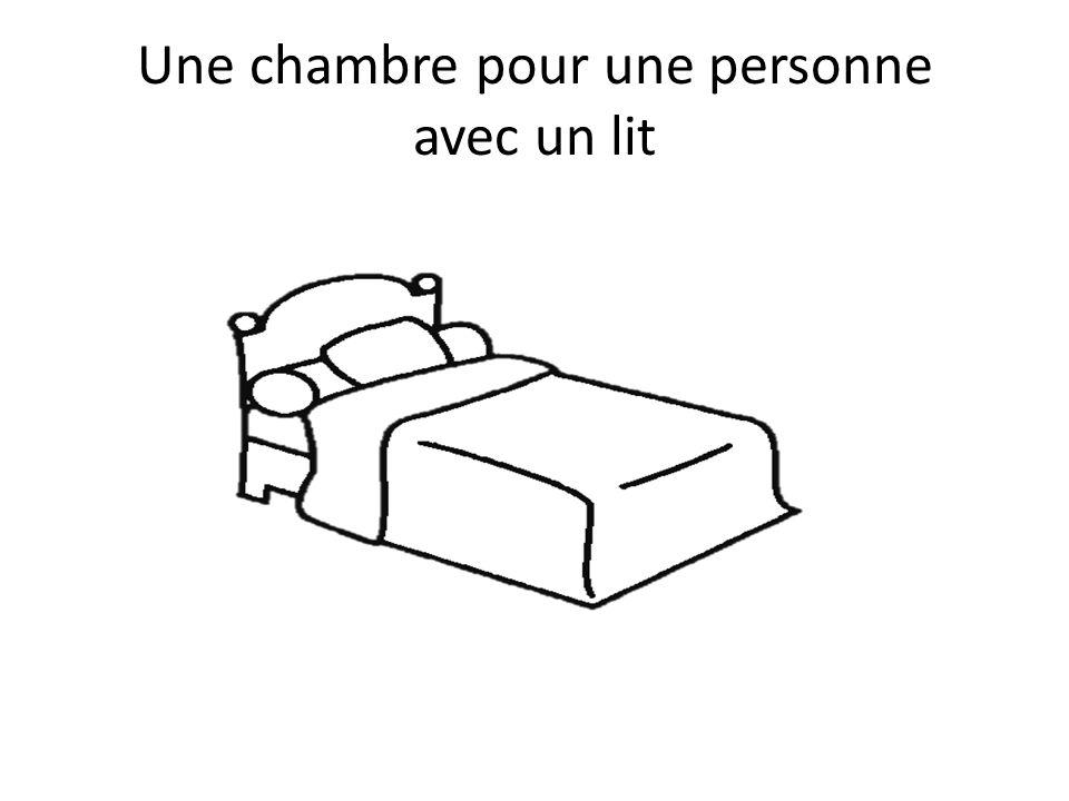 Une chambre pour une personne avec un lit