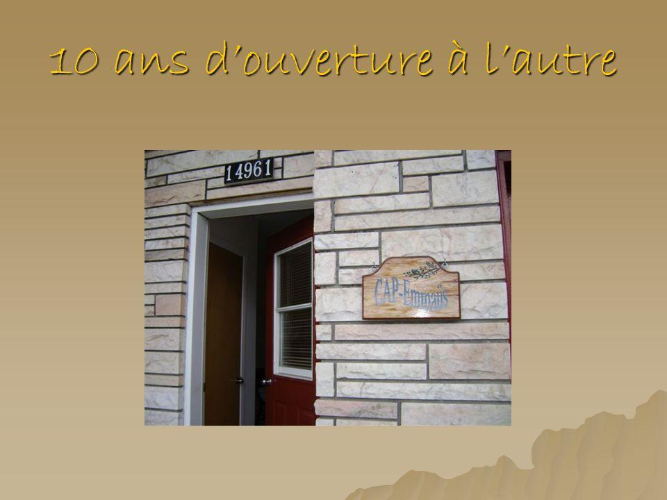 En 2001 Élargissement du territoire dintervention: Dabord proposé dans la ville de Saint-Eustache et dans Mirabel- Sud, Cap-Emmaüs est désormais présent dans toute la MRC Deux- Montagnes.