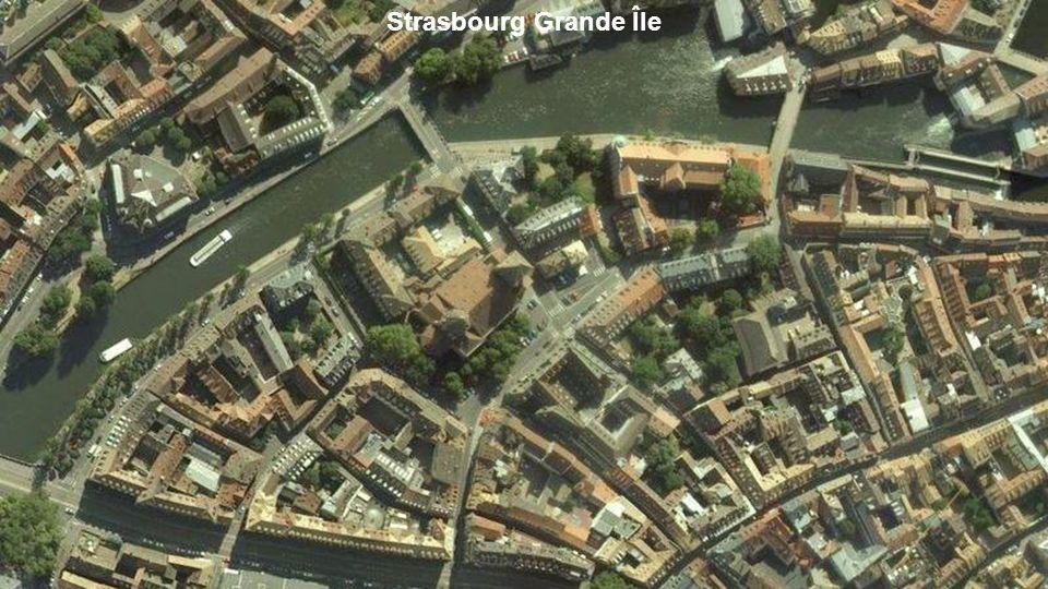 La place Stanislas est considérée comme la plus belle place royale dEurope