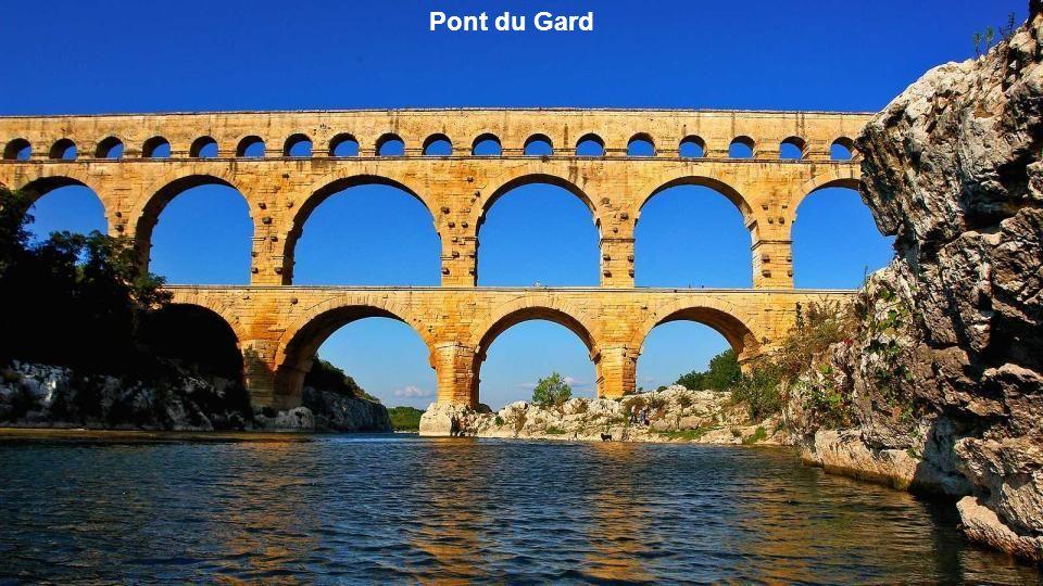 Voilà près de 2000 ans que le Pont du Gard dresse ses piliers