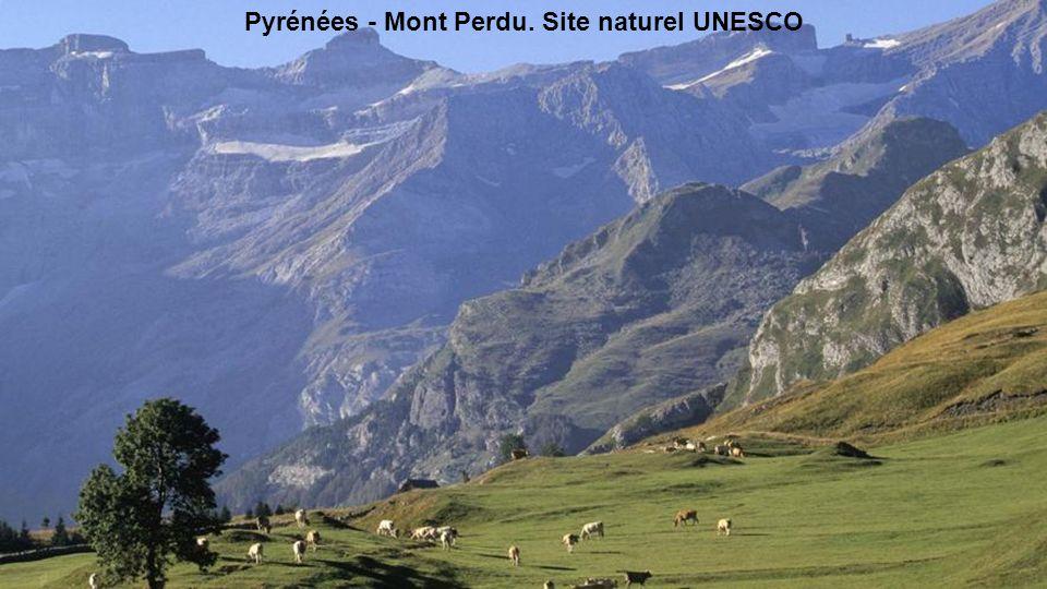 Pyrénées - Mont Perdu.(à la frontière avec lEspagne)