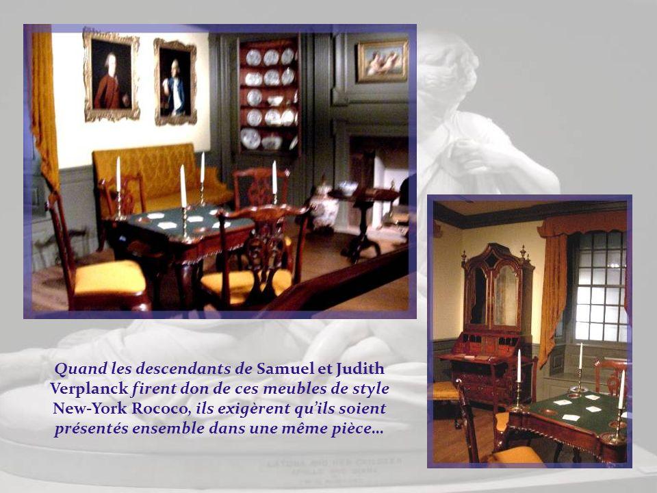 Il sagit dun ameublement de 1730-1790. Boston était alors le centre de la production par excellence. Ses artisans introduisirent le style Queen Anne.