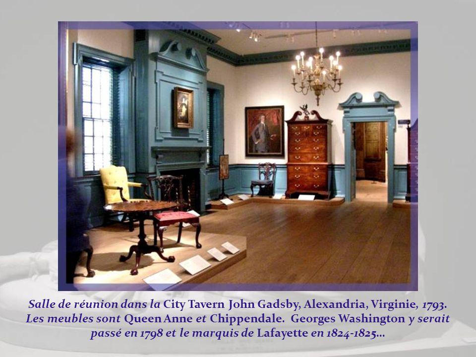 Quand les descendants de Samuel et Judith Verplanck firent don de ces meubles de style New-York Rococo, ils exigèrent quils soient présentés ensemble