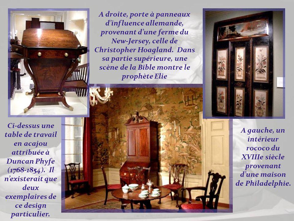 Tout lambrissé, ce fut le salon principal de la maison de la plantation Marmion dans le nord de la Virginie. Il date de la fin du XVIIIe siècle. Curie