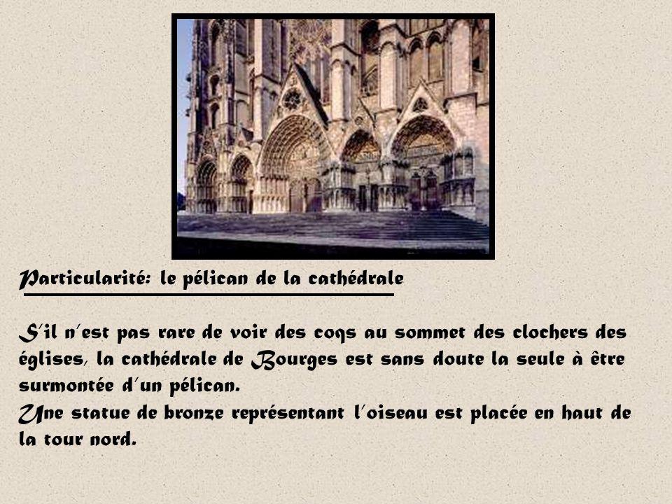Saint-Etienne de Bourges Saint-Etienne de Bourges est le premier édifice gothique construit au sud de la Loire. Ses travaux ont débuté en 1195. La plu