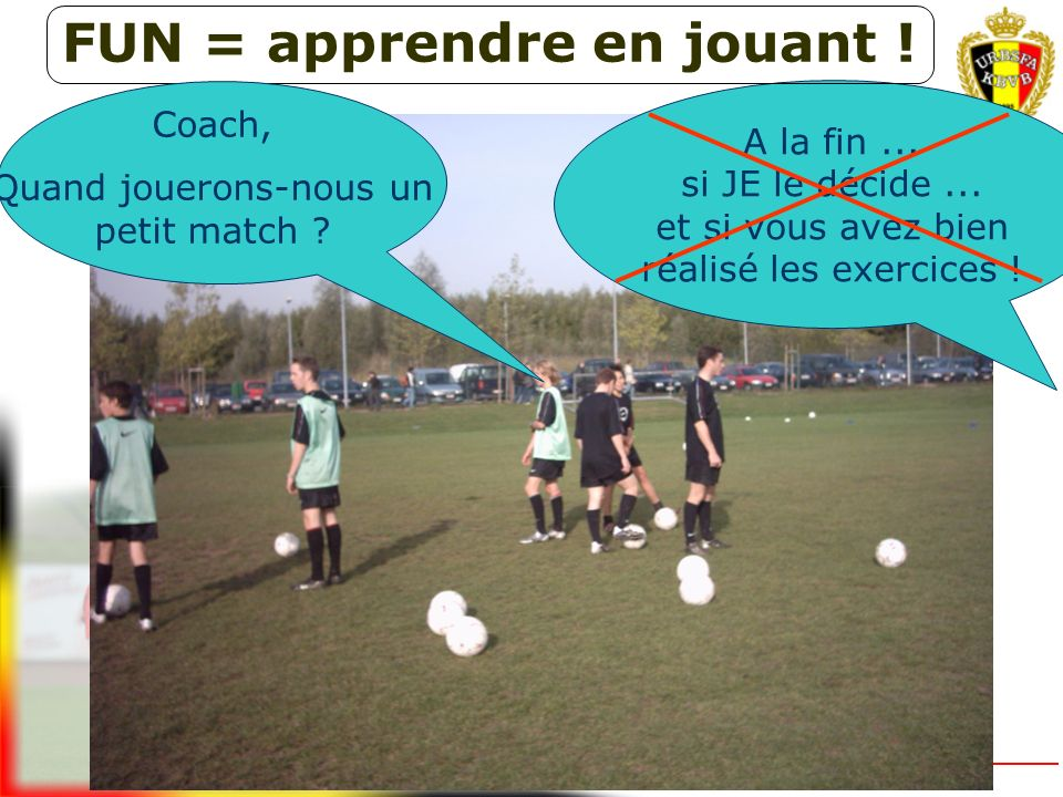 8/8 7+K/7+K8/8U10Application 2/2 et 5/5Football as a halflong passing game without off-side rule (9a - 11a) préminimes U11Orientation progressive vers le jeu mi-long DESCRIPTION DE LA SITUATION DE JEU 8-8 (double losange) : forme de match idéale pour la passe jusque 20 mètres environ
