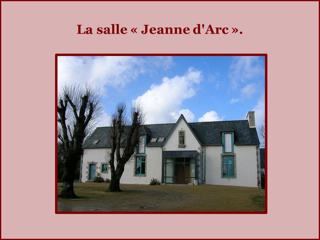 La salle « Jeanne d Arc ».