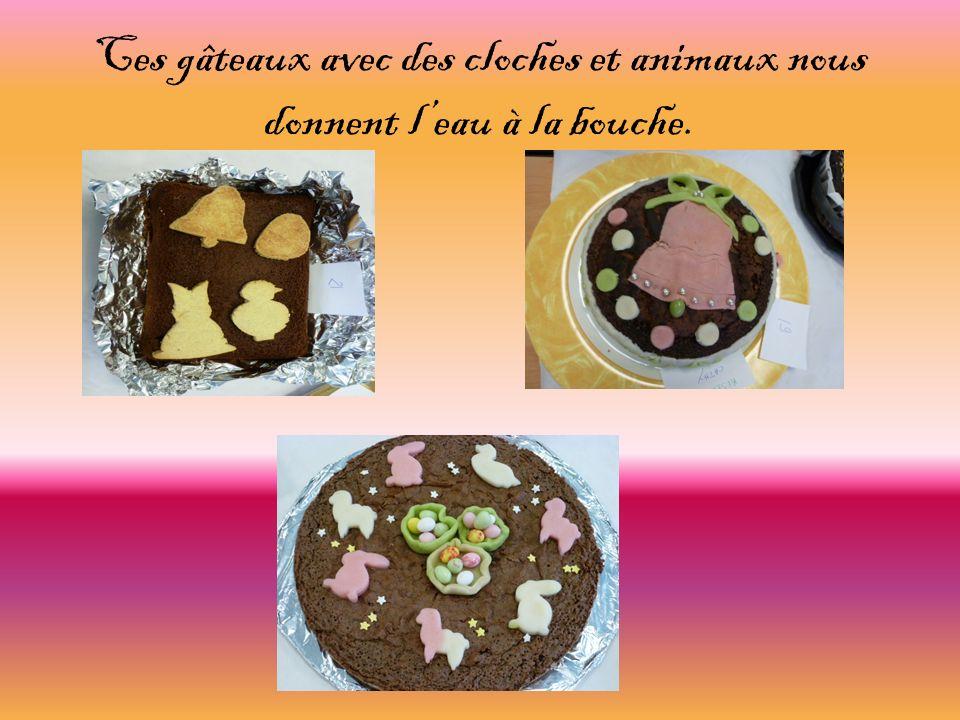 Ces gâteaux avec des cloches et animaux nous donnent leau à la bouche.