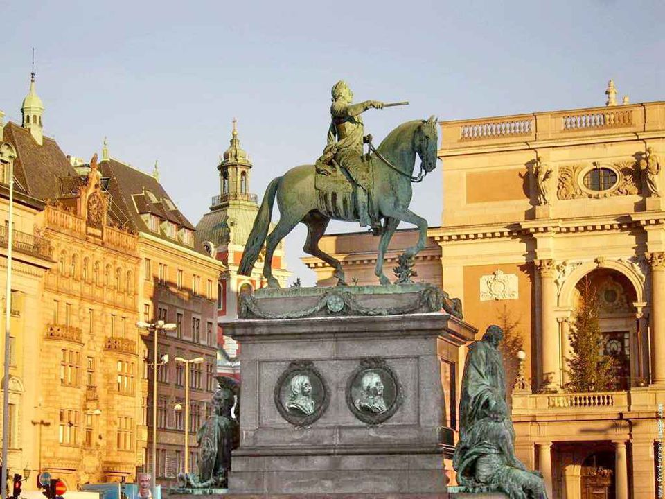 Statue de Charles XIV
