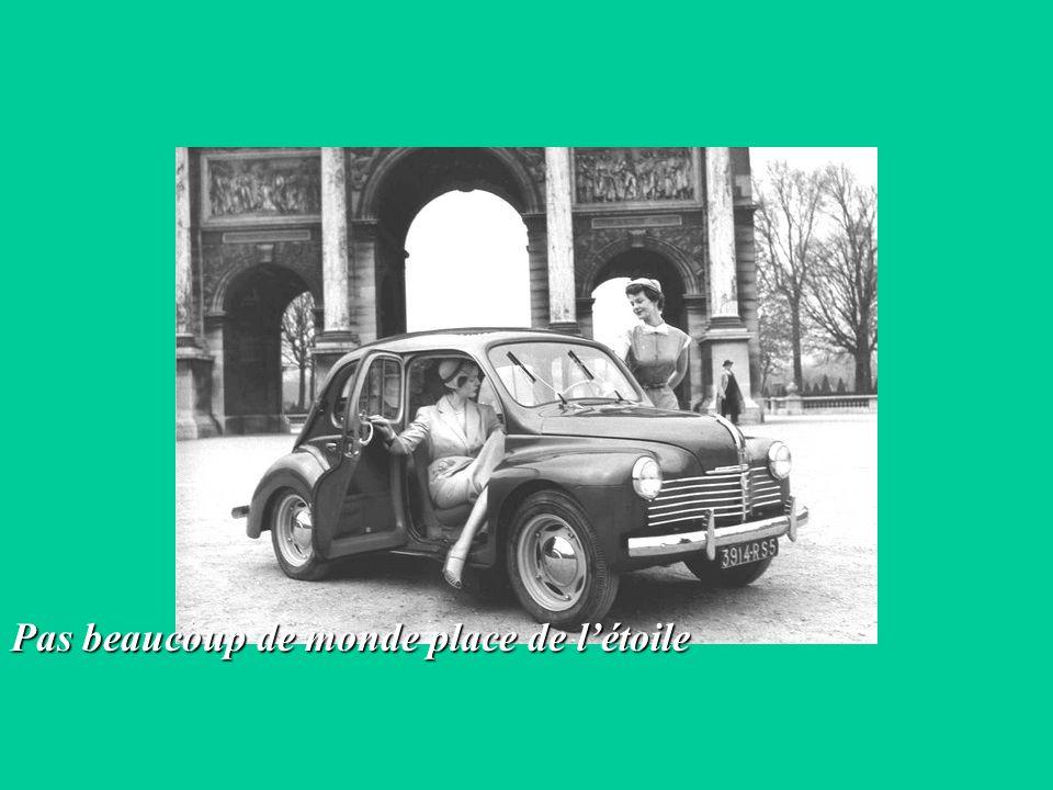 4 modèles de 4 CV Renault « normal »