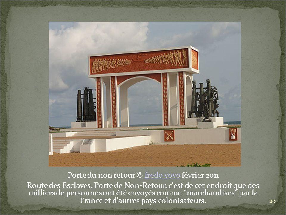 Porte du non retour © fredo yovo février 2011fredo yovo Route des Esclaves.