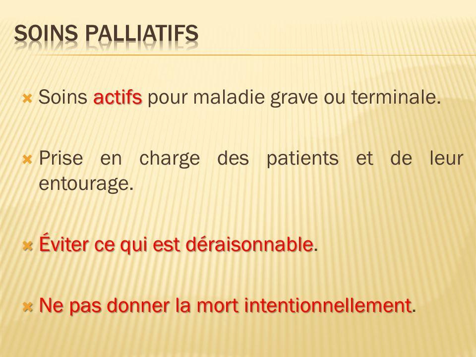 Informer et discuter : Informer et discuter : Expliquer les choses tout au long de la pathologie.