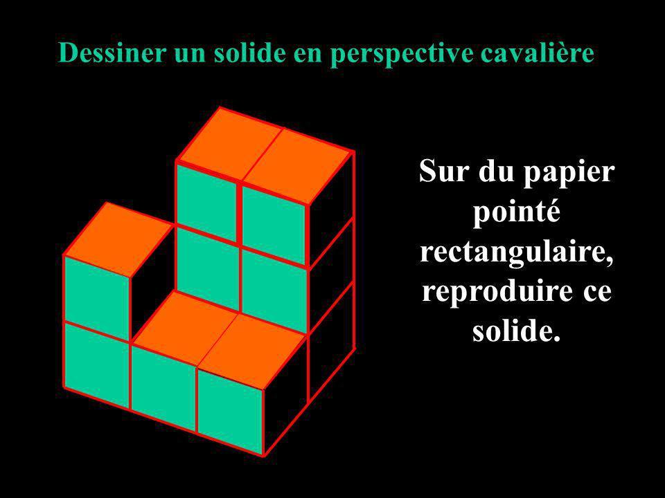 Sur du papier pointé rectangulaire, reproduire ce solide.
