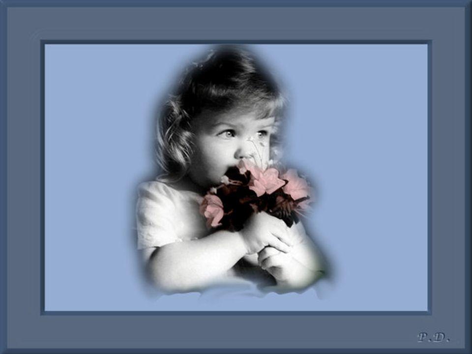 Cette petite fille aux yeux clairs.. Est très fragile et sensible.. Elle cache parfois ses émotions. Elle a voulu être quelqu'un. Celle qui donne de t