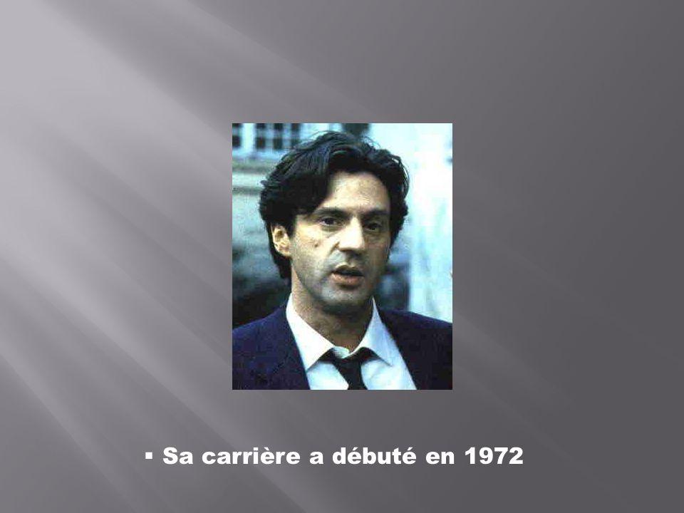 Sa carrière a débuté en 1972