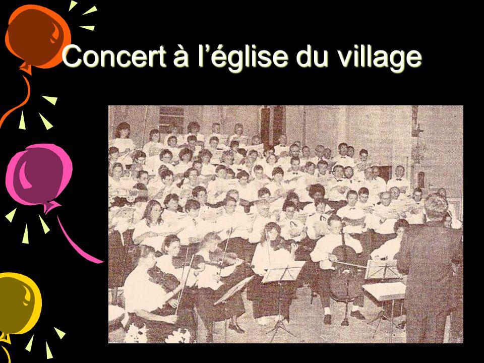Concert à léglise du village
