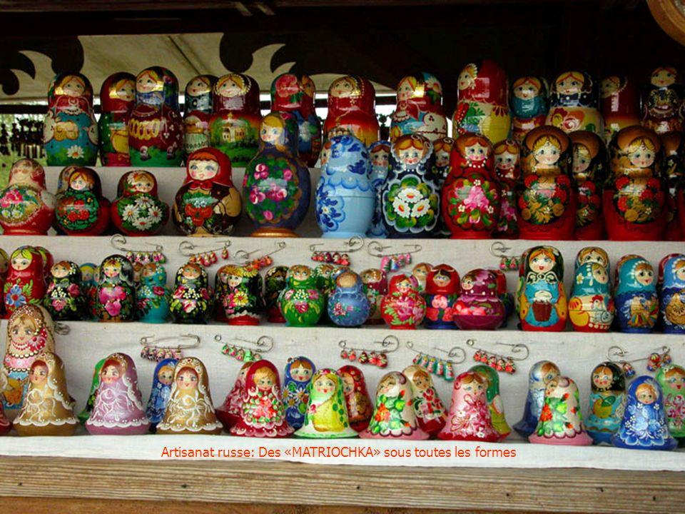Artisanat russe: Boites laquées peintes à la main