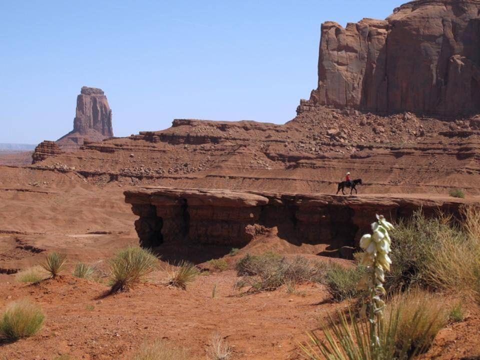 Arrivée à Monument Valley chez les Indiens Navajos