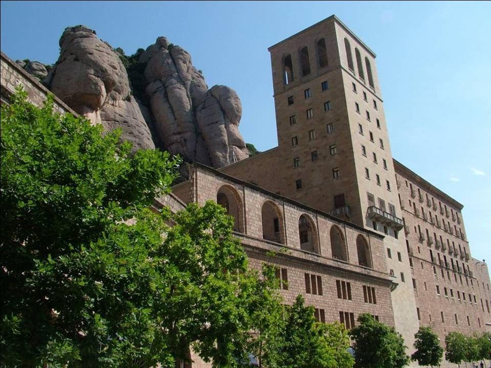 Montserrat est un parc naturel riche et multiforme unique dans le monde.Il est un des plus beaux musées et sanctuaire, saint patron du pays de la Cata