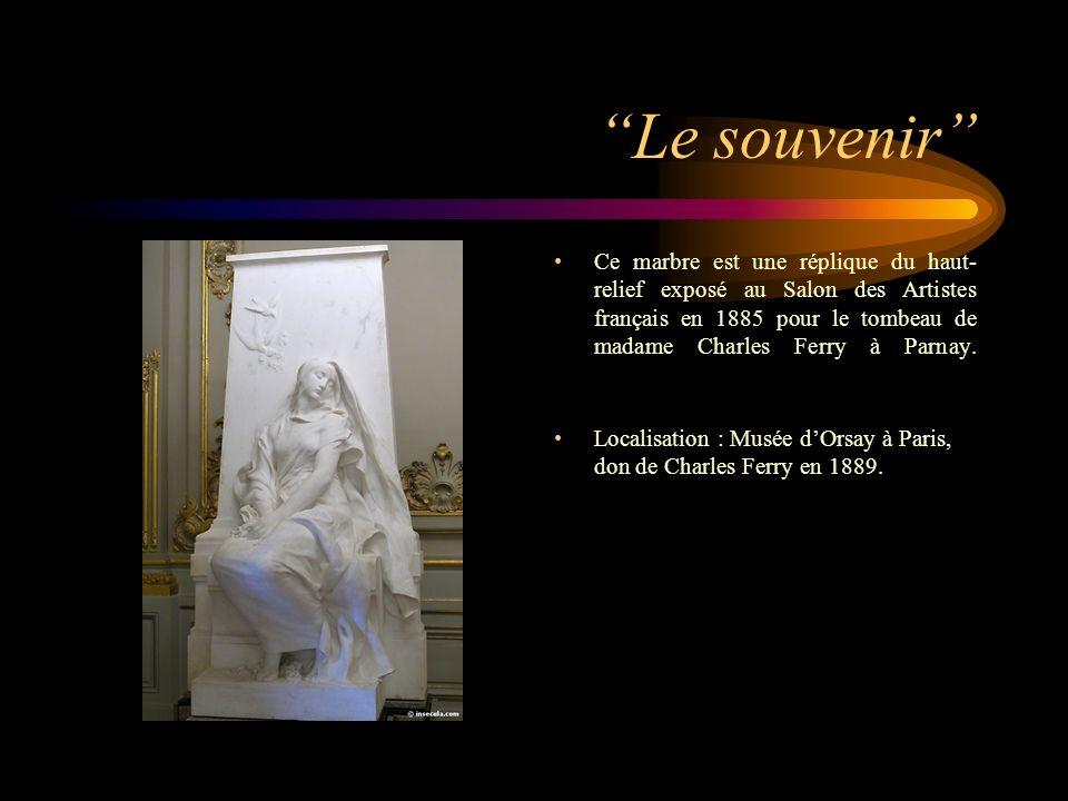 Le souvenir Ce marbre est une réplique du haut- relief exposé au Salon des Artistes français en 1885 pour le tombeau de madame Charles Ferry à Parnay.