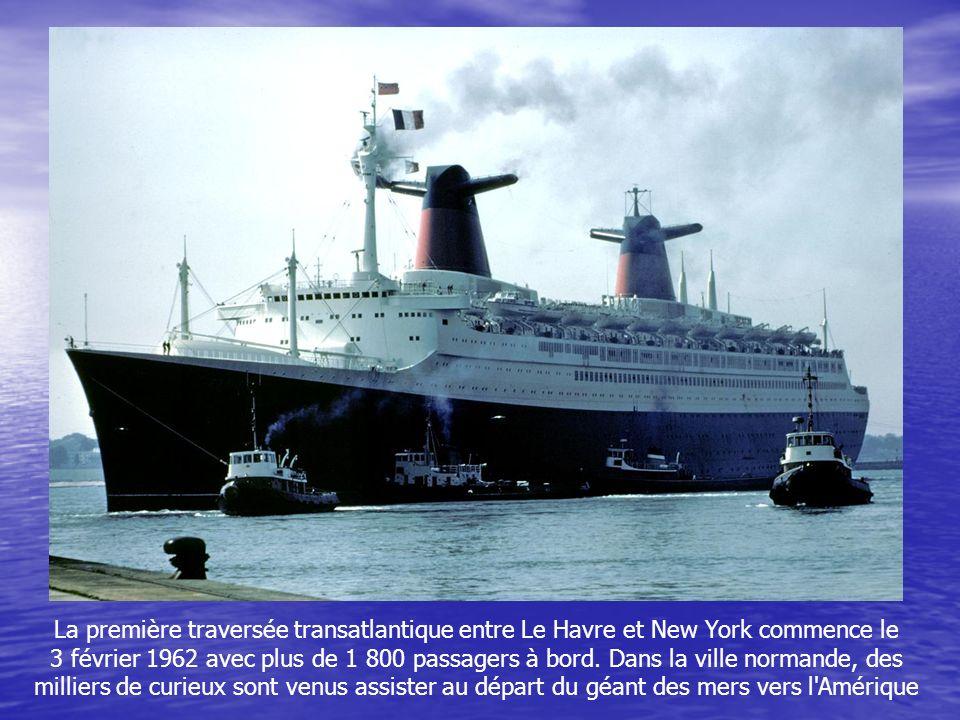 Direction Santa Cruz de Ténérife aux Canaries, où le France fait escale le 22 janvier. Après une autre pause à Southampton, la croisière prend fin au