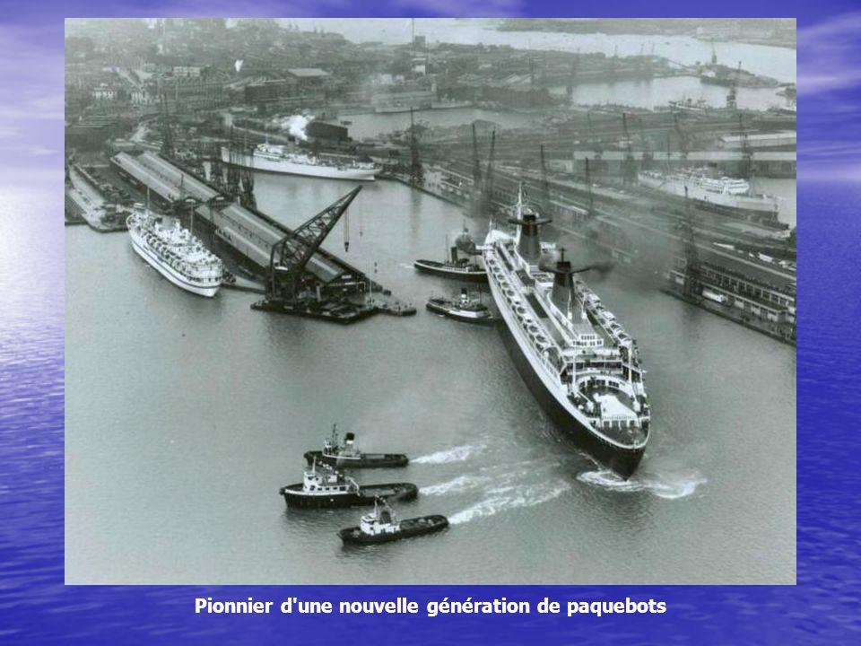 Le France a été construit pour assurer la liaison Le Havre-Southampton-New York, exploitée par la Compagnie Générale Transatlantique.