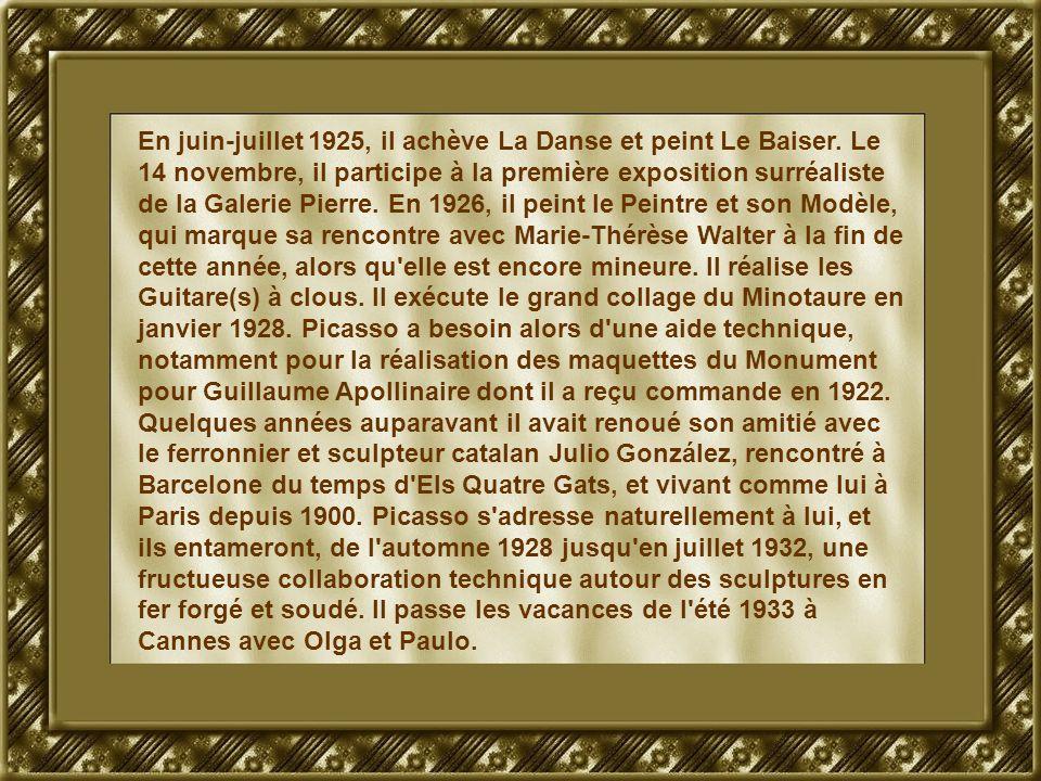 En juin-juillet 1925, il achève La Danse et peint Le Baiser.