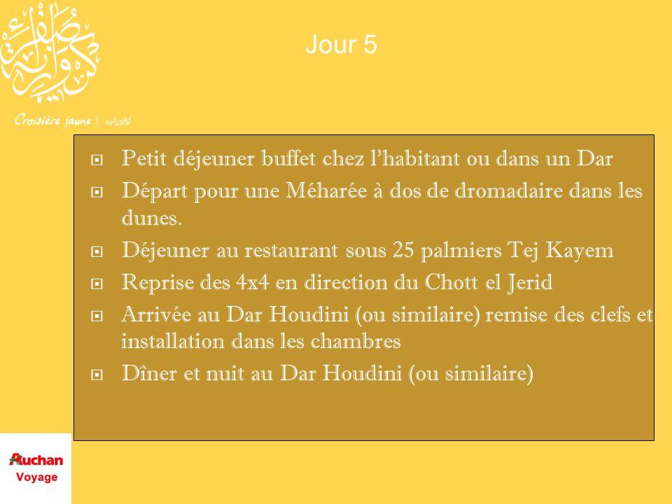 Jour 5 Petit déjeuner buffet chez lhabitant ou dans un Dar Départ pour une Méharée à dos de dromadaire dans les dunes. Déjeuner au restaurant sous 25