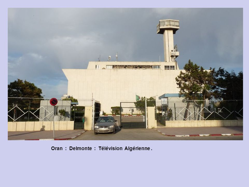 Oran : Delmonte : Place Gauthier.