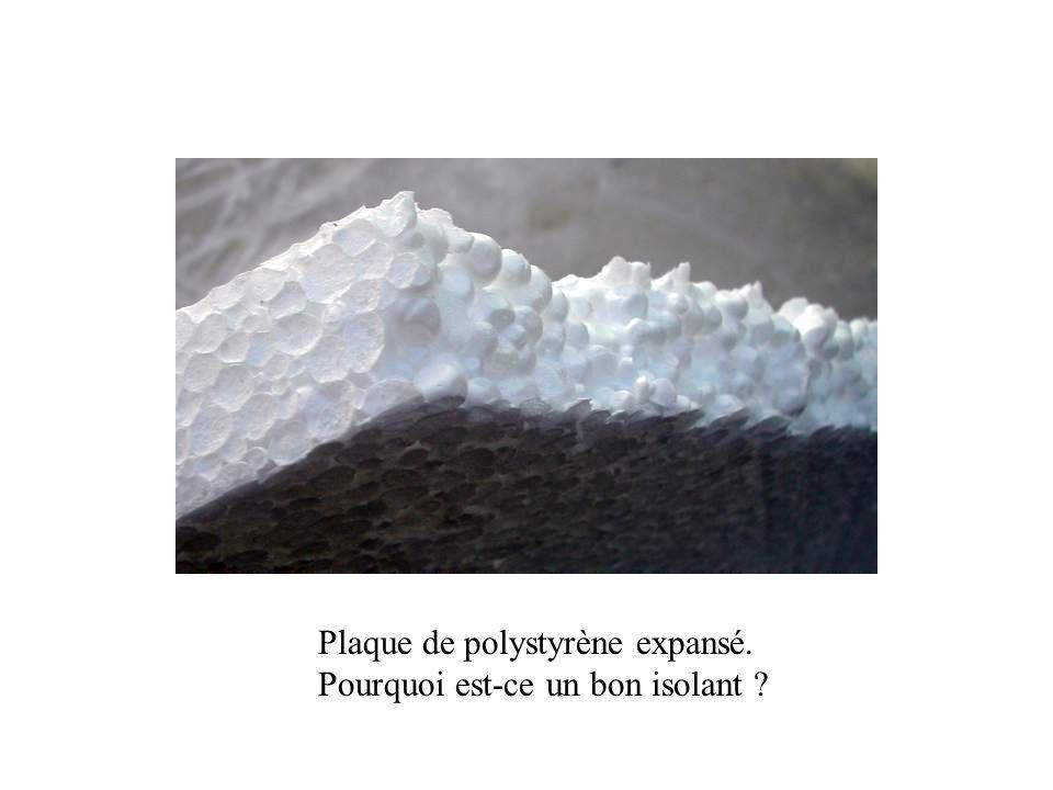 Plaque de polystyrène expansé. Pourquoi est-ce un bon isolant ?