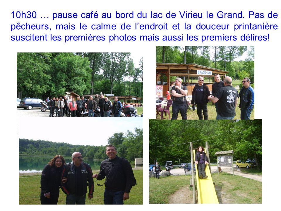 10h30 … pause café au bord du lac de Virieu le Grand.