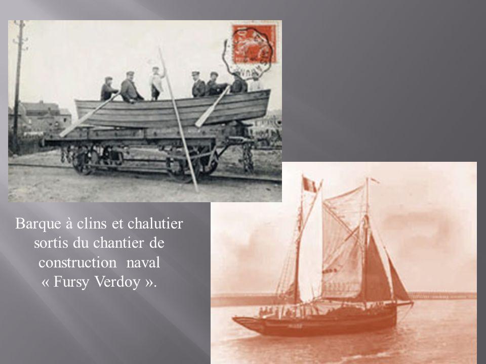 Sur le Willy-Fursy au moment du départ en 1930. Lhomme au centre, les mains dans les poches, est Fursy Verdoy. Sur sa droite lhomme portant une casque