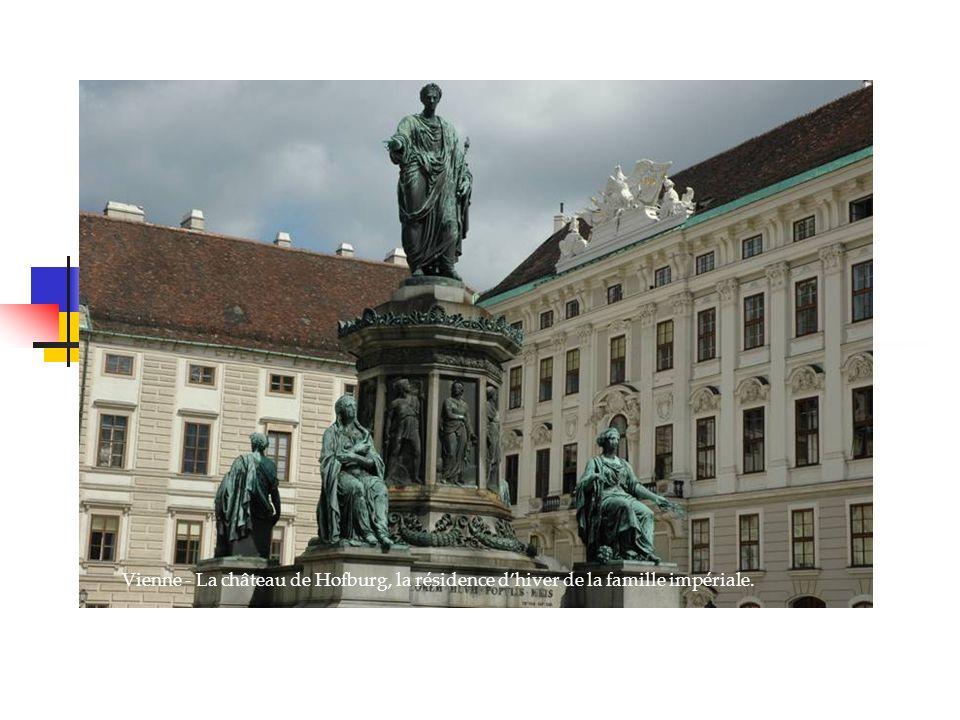 Vienne - La château de Hofburg, la résidence dhiver de la famille impériale.