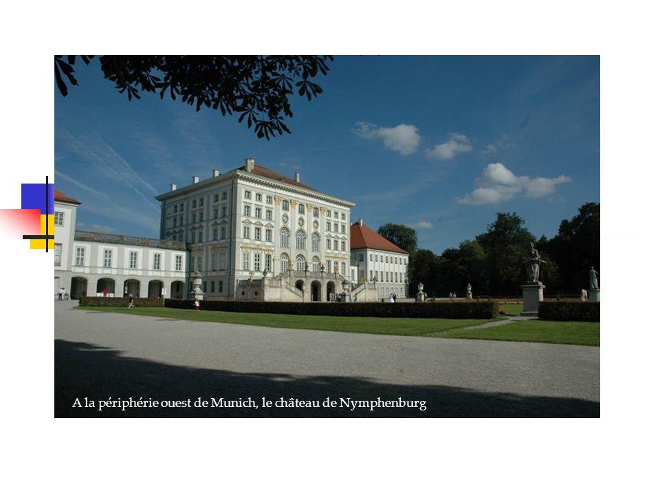 A la périphérie ouest de Munich, le château de Nymphenburg