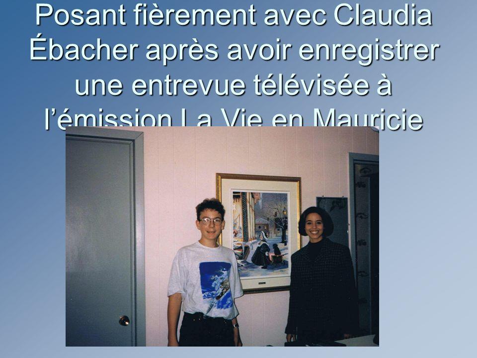 Posant fièrement avec Claudia Ébacher après avoir enregistrer une entrevue télévisée à lémission La Vie en Mauricie