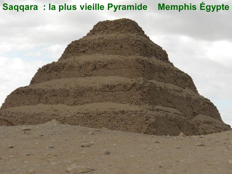 La plus petite pyramide :Mykérinos
