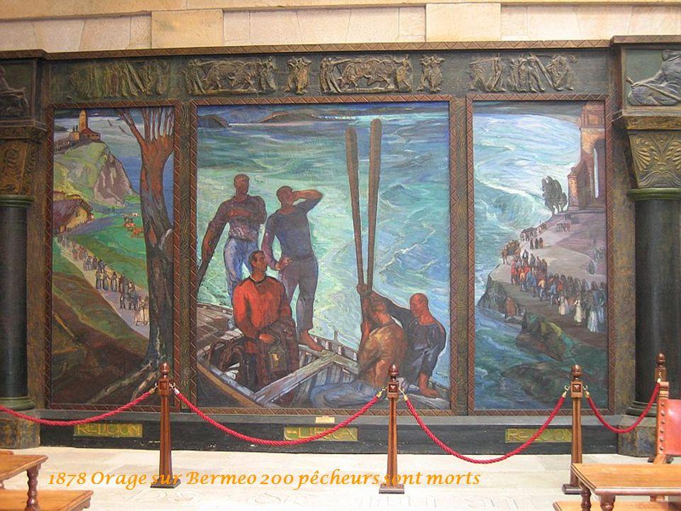 Salle du vitrail Lege Zarra ou Vieilles lois Fueros Eglise Parlement