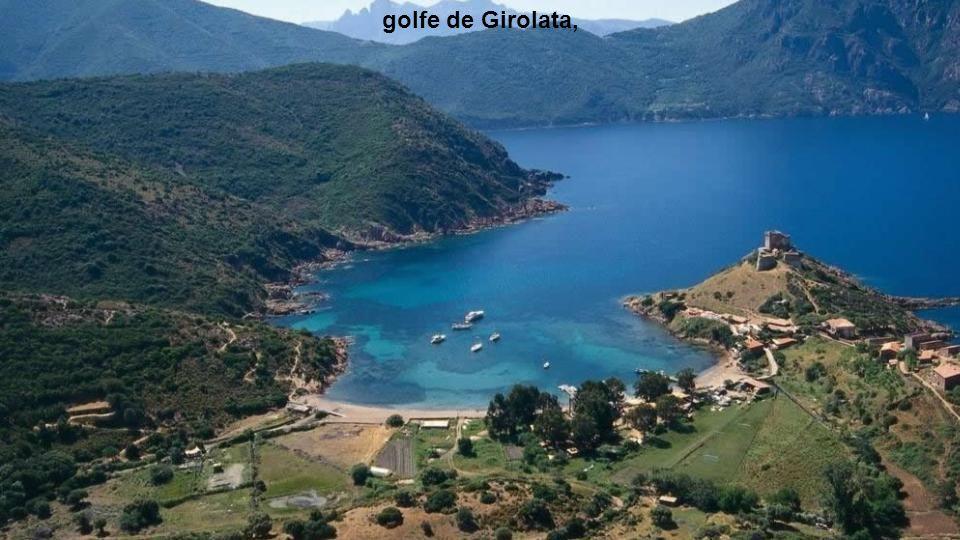 golfe de Girolata, fait partie du patrimoine mondial de l'UNESCO.