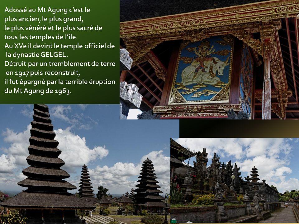 Le temple de Pura Besakhi: lieu des rituels au Dieu du volcan au XI